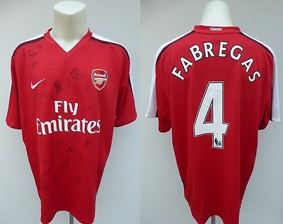 2009-10 Arsenal Home Shirt Signed by 21 inc. Van Persie, Walcott & Campbell (8)
